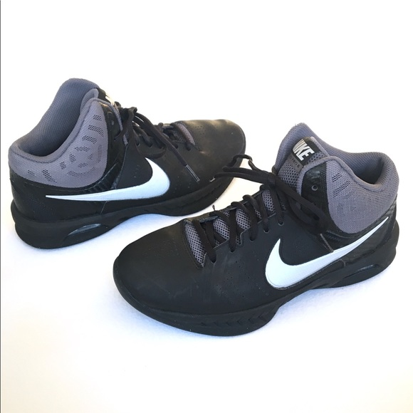 7514c2e25eb6 NIKE Air Visi Pro 6 Men s Athletic Basketball Shoe.  M 5a886a0005f43036699d26b6